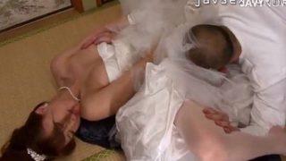 挙式直前ウェディンドレスの娘を育てた義父が畳の部屋で犯して汚す〖吉沢明歩〗