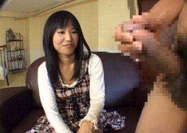 〖CFNMフェラ〗20才の素人さん1年ぶりに見る勃起したチ○ポ!フェラして出されたザーメンを精飲まで体験してみた!